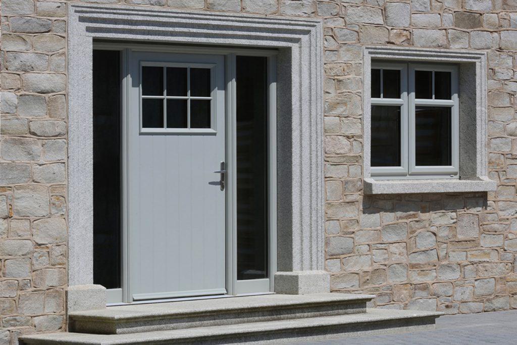 Hollybrook Door in Agate Grey