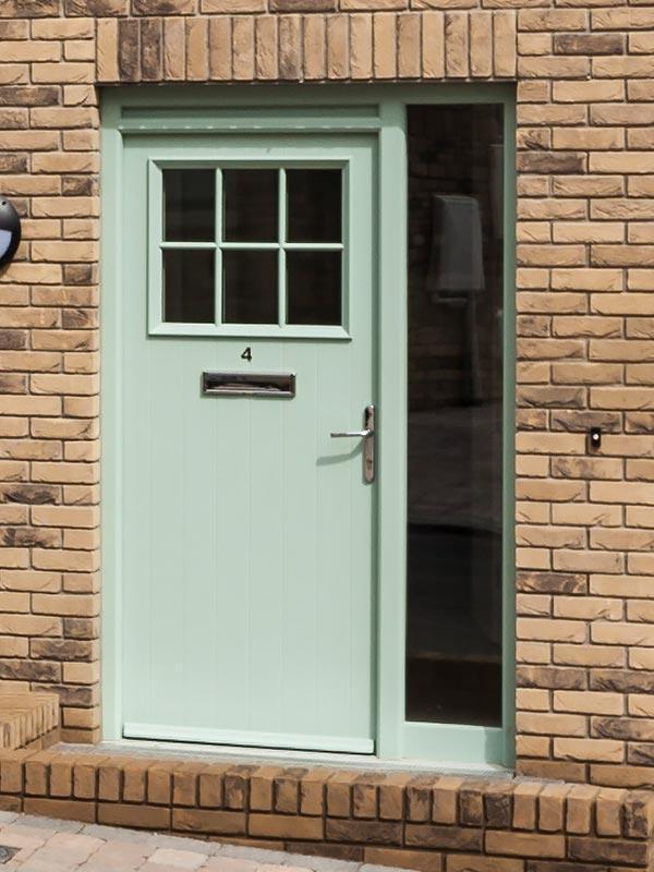 009_hollybrook-door_green