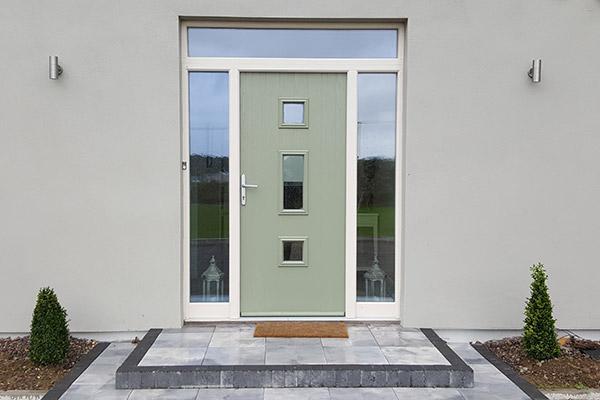 013_midleton-door_litchen-green